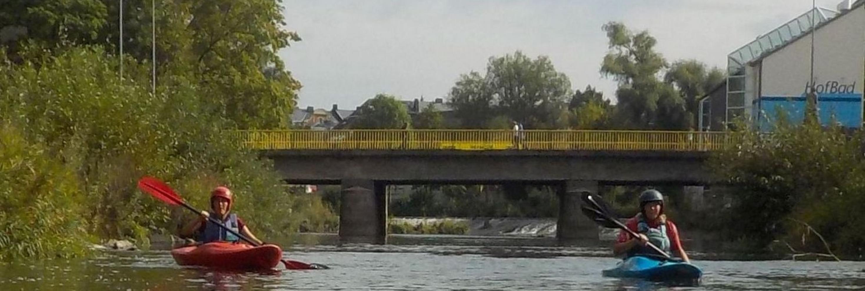 Eva Döhla Paddelt vorm Hofbad